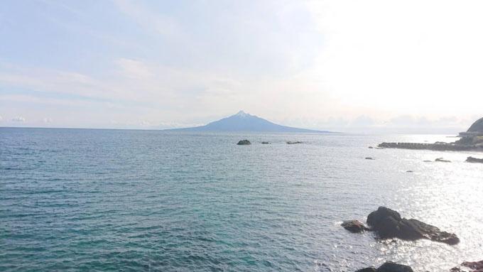 礼文島からみる利尻山